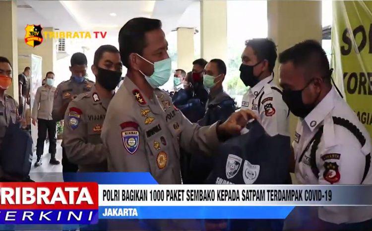 POLRI BAGIKAN 1000 PAKET SEMBAKO KEPADA SATPAM TERDAMPAK COVID-19 DI MABES POLRI